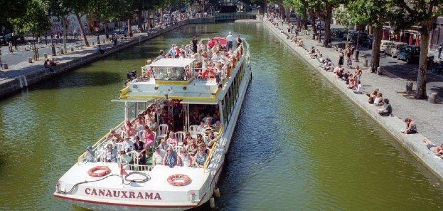 Treat yourself to a cruise of the Old Paris waterways