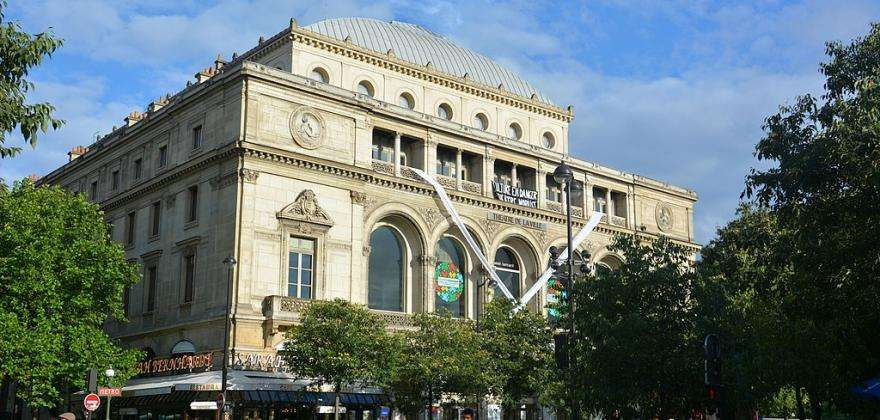 The Théâtre du Chatelet is back in action!