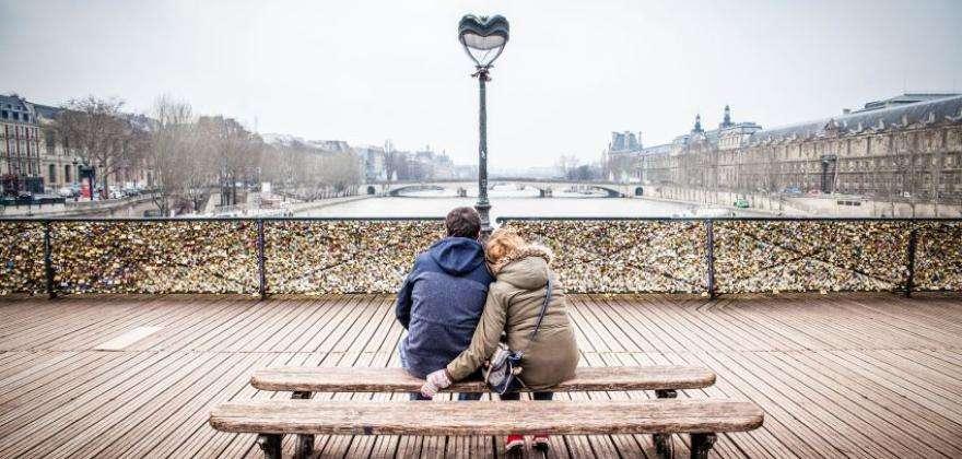 Soldes d'hiver et Saint-Valentin à la capitale de la mode et de l'amour