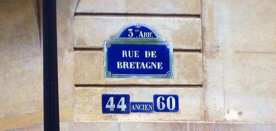 Discover the treasures of the Rue de Bretagne in Paris